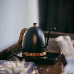 """Matt Black kettle """"Artisan"""" - Brewista"""